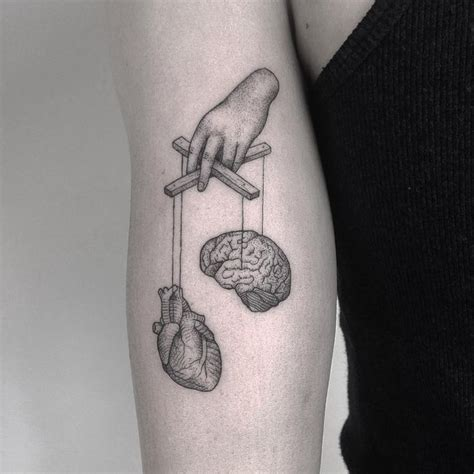 half heart tattoo designs best 25 brain ideas on