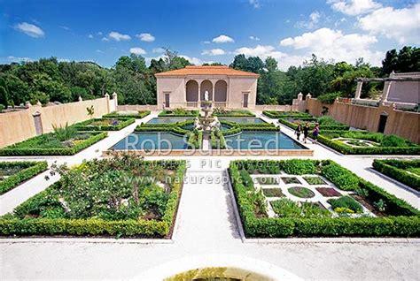 Hamilton Botanic Gardens Part Of The Italian Renaissance Garden In The Botanical Gardens Hamilton Hamilton City