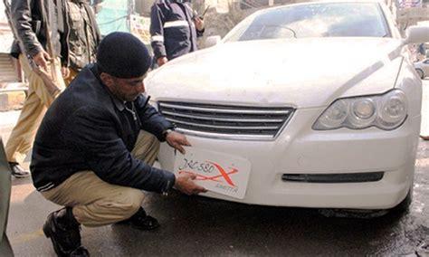 sindh traffic police cplc crackdown  fancy afr number plates brandsynario