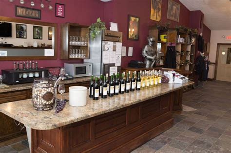 Brambleberry: A La Crosse, WI winery, inn and wedding venue