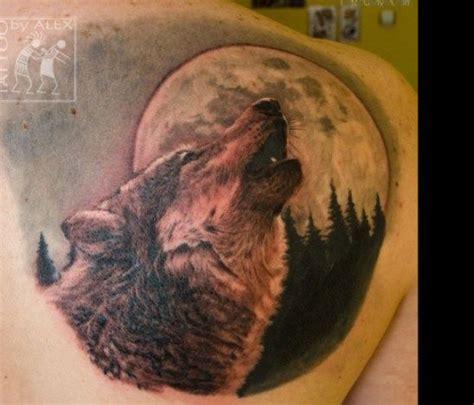 imagenes de tatuajes de lunas fotos de tatuajes de luna llena en partes del cuerpo de