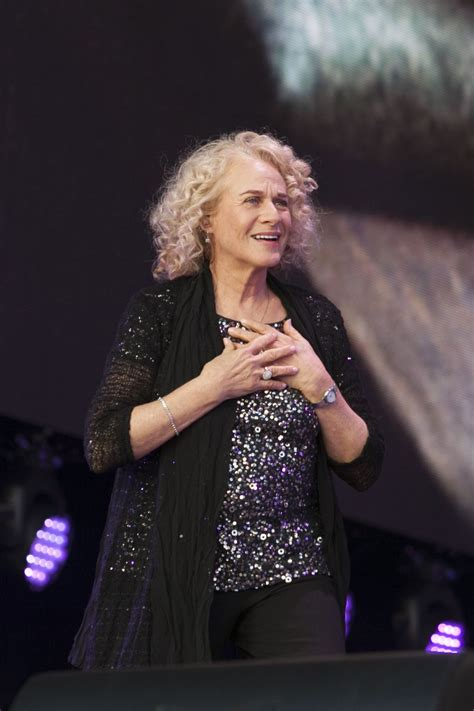 carol king carole king performs at summertime festival at
