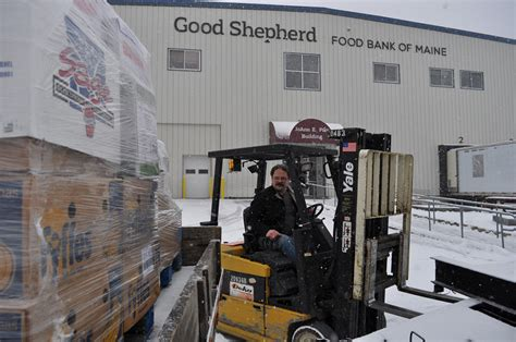 Shepherd Food Pantry by Hunger Doesn T Take A Holiday Portland Press Herald