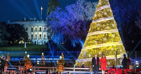 imagenes anti navidad donald trump struggles to fill seats at annual christmas