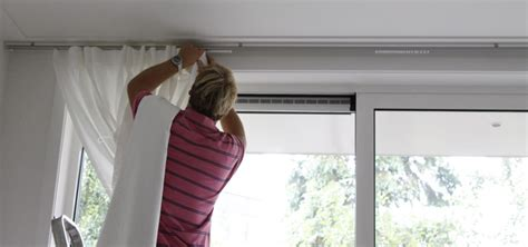 glasgordijnen ophangen hoe hang je gordijnen op ochtend schoonmaakwerk