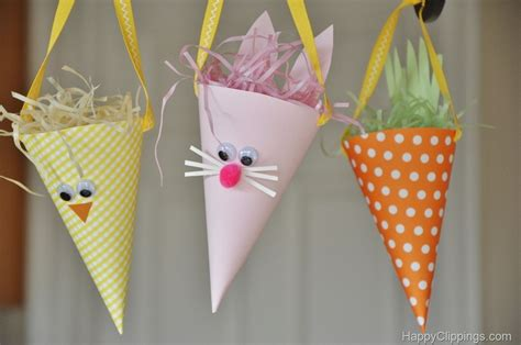 Papercraft Projects - diy paper easter bunny carrot cones