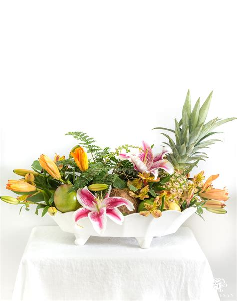 six ideas for fruit and flower arrangements with