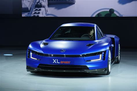 volkswagen sports cars volkswagen unveils xl sports car