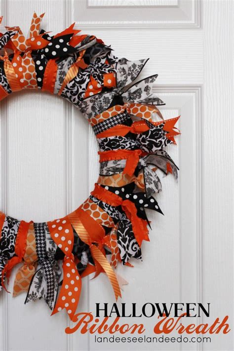 halloween wreath fresh and fabulous halloween wreath ideas landeelu com