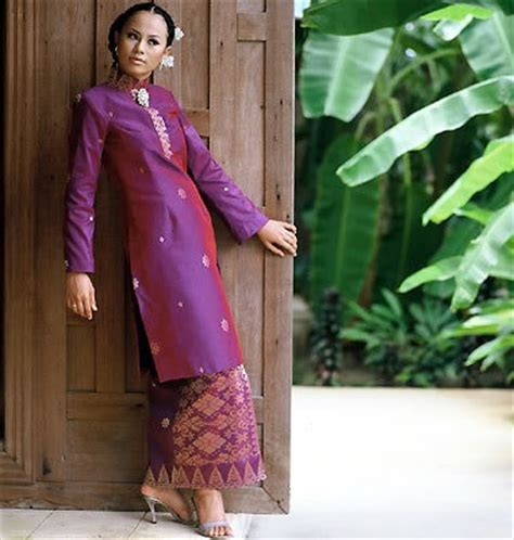 St 2in1 Baju Atasan Wanita Blouse Dress 1000 images about songket kebaya on batik blazer peplum blouse and skirts