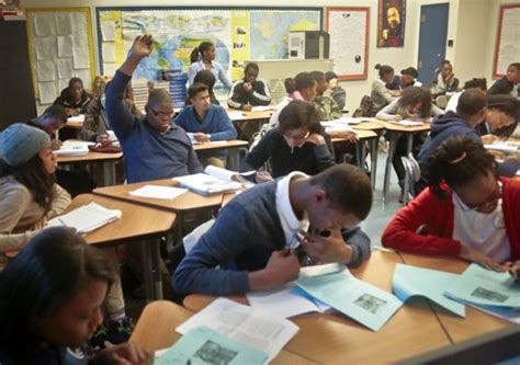 york high school classroom report nyc class sizes still too big ten years after