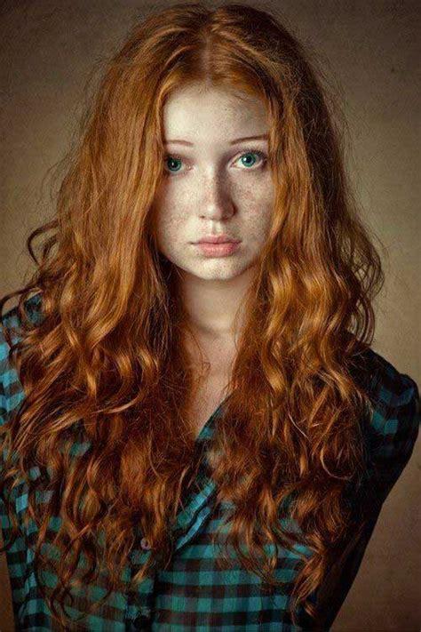 playmate auburn hair 20 long red curly hair hairstyles haircuts 2016 2017