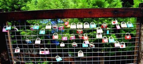 Gembok Cinta Di Farmhouse Lembang farmhouse lembang bandung info harga tiket masuk fasilitas