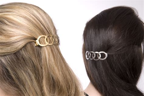 Hairstyles Using Hair Accessories by Hairstyles Using Barrettes The Styling Station Updo