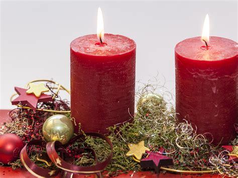 candele rosse cesti natalizi candele rosse eat italy news