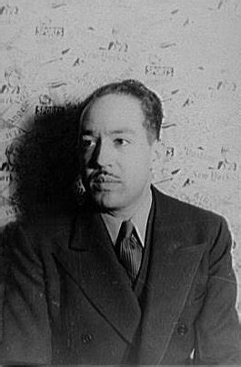 langston hughes biography outline langston hughes the poet biography facts and quotes