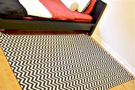 Diy Area Rug From Fabric Make An Area Rug With Fabric Diy