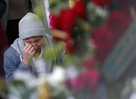 paura di uscire di casa parigi i traumi di chi si 232 salvato la gente ha paura di