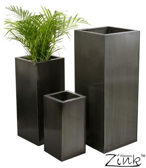 hoge vierkante zinken plantenbak klein 32 99