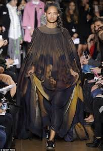 Catwalk To Carpet Allen In Giles by Fashion Week Crouch Goes For High In