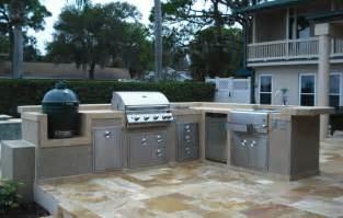 alf img showing gt big outdoor kitchen
