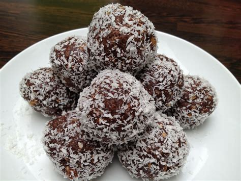by cinnybear october 7 2010 chocolate coconut nuts phyllo pistachios chocolate coconut protein balls the fitness recipes