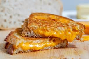 how to make the perfect grilled cheese sandwich on closet