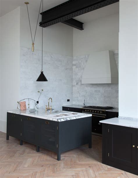 british kitchen design best 25 carrara marble ideas on pinterest carrara