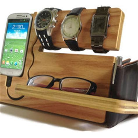 Stand Iphone Woods Vintage wooden iphone station rustic iphone stand ancient wood