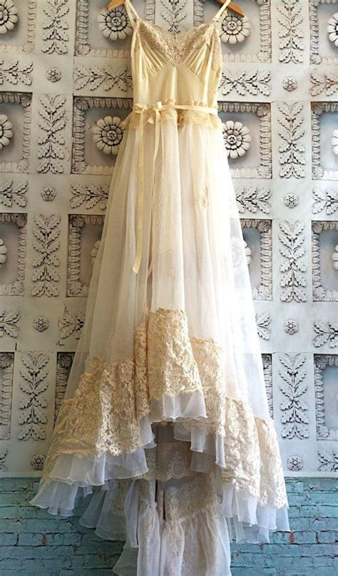 Cream Ivory & Blush Lace Chiffon Crochet Asymmetrical Hem