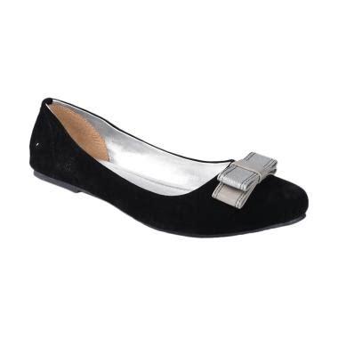Sepatu Yongki Komaladi Wanita jual sepatu tas clutch yongki komaladi model terbaru blibli