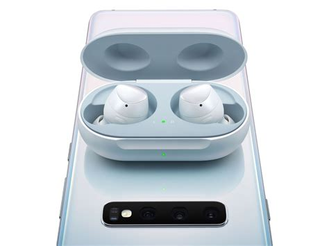 samsung earphones for s10 i tried apple s new airpods and samsung s galaxy buds here s how they stack up business insider