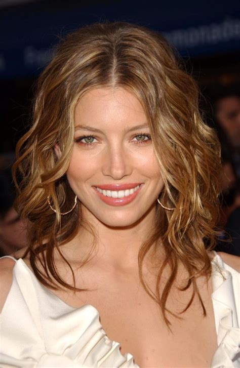 best haircuts for pronounced cheek 29 best hair styles for diamond shaped face images on