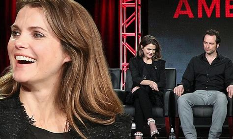 matthew rhys down the caravan keri russell and matthew rhys discuss the americans at tca