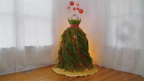 best way to dress a christmas tree dress form tree hgtv