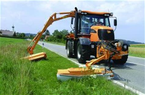 Municipal Tractors Read More About Specifications