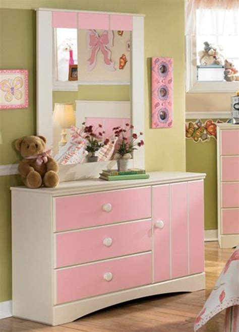 Nursery Drawers by Nursery Chest Of Drawers Fullact Trending Stories With