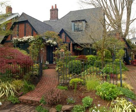 Home Decor Styles Quiz by The Story Of A Brick Cottage In Portland Amp More Links I