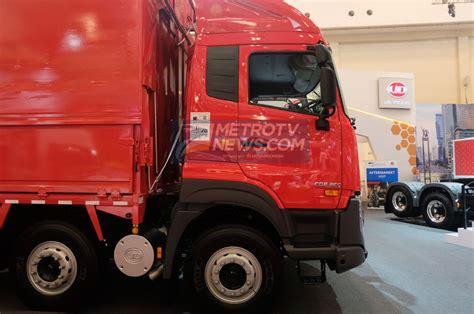 interior ud truck kuzer mobil ud trucks lengkapi varian quester degan 82r
