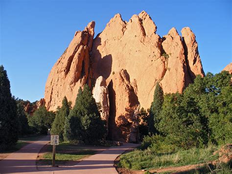 Garden Of The Gods Arizona Sentinel Rock And Gateway Rock Garden Of The Gods