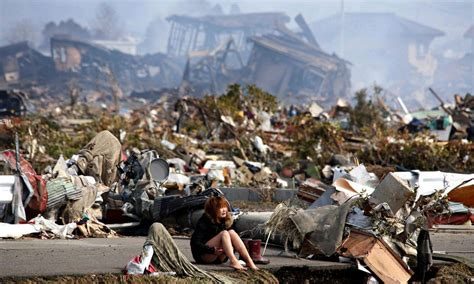 imagenes fuertes del tsunami en japon taxistas japoneses y pasajeros fantasmas en 225 rea devastada