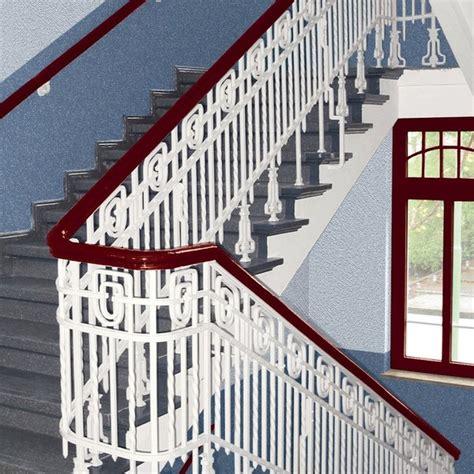Lackieren Holz Farbe by Treppengelander Holz Streichen Welche Farbe Denvirdev Info