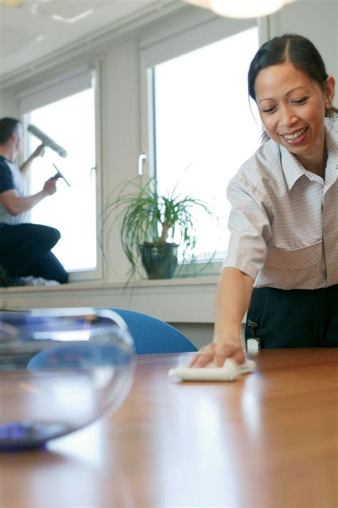 house keeping service how to find the best philadelphia office cleaning service sdm cleaning service llc