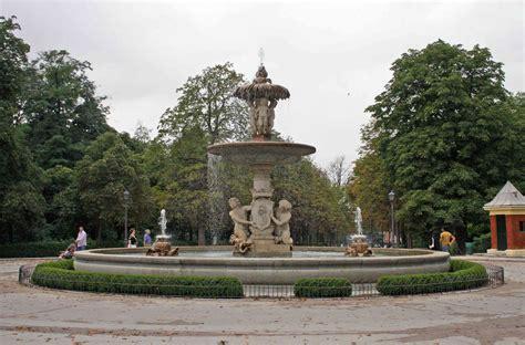 fuente de la alcachofa madridvillaycorte es 20 de los monumentos retiro en el 6 de plaza de espa 241 a