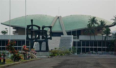 inilah para arsitek senior kebanggaan indonesia di mata dunia