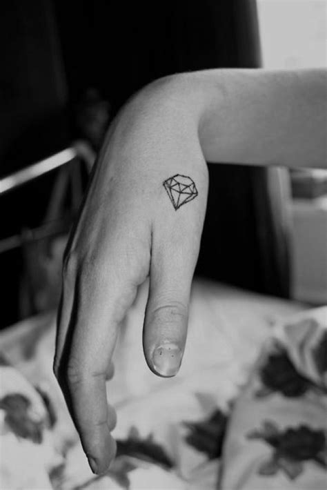 geometric tattoo tiny geometric tattoos small diamond inkspiration pinterest