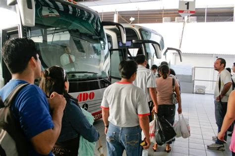 viaje en autobs 8423342352 ventajas de viajar en autob 250 s estas vacaciones un1 211 n