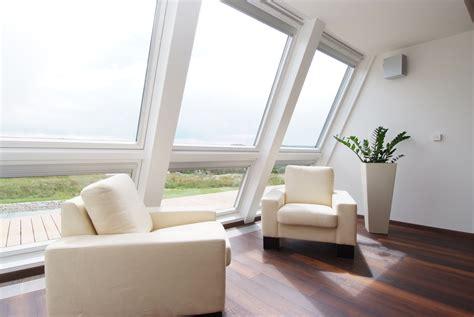 terrazze a chiusura di una terrazza a vasca nella copertura casa luce