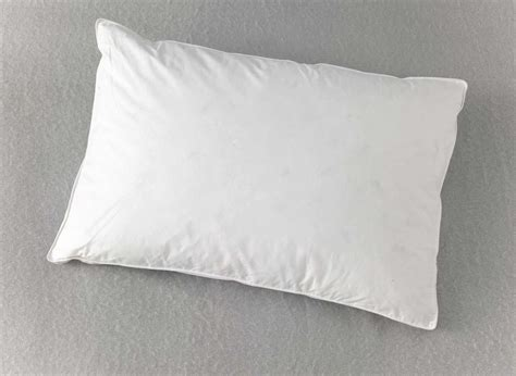 thin bed pillows musely