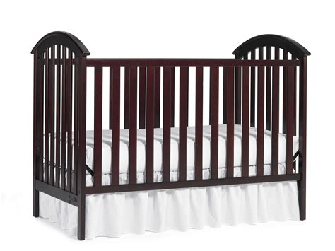 Graco 3 1 Crib by Graco Freeport 3 In 1 Convertible Crib 41 99 Was 139